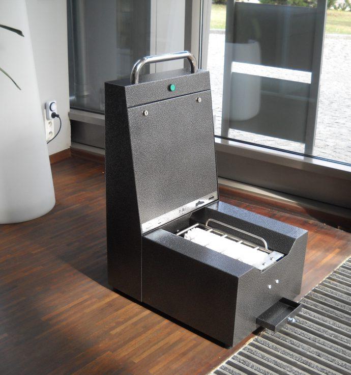 Professional - 🥇PUCYBUT urządzenia maszyny automaty do czyszczenia obuwia butów podeszw